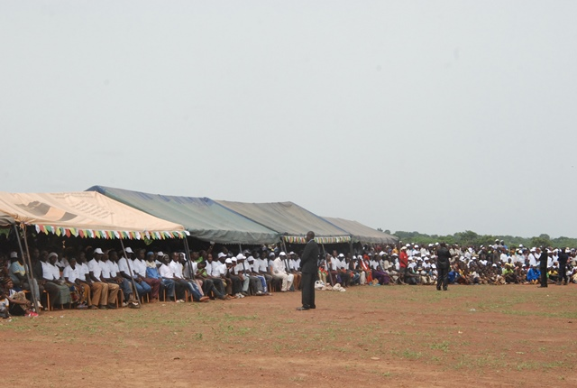 La population a assisté à la cérémonie