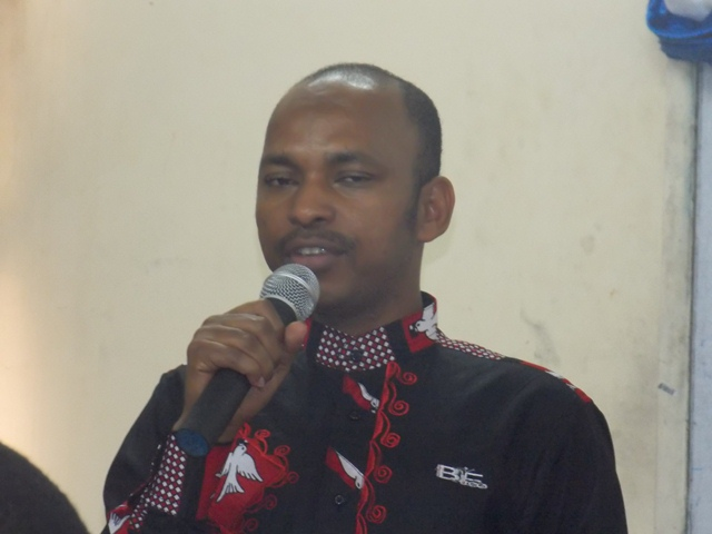 Le ministre Barry lors de la conférence