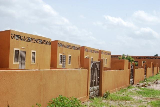 Une vue des logements bioclimatiques de la Société PNBF