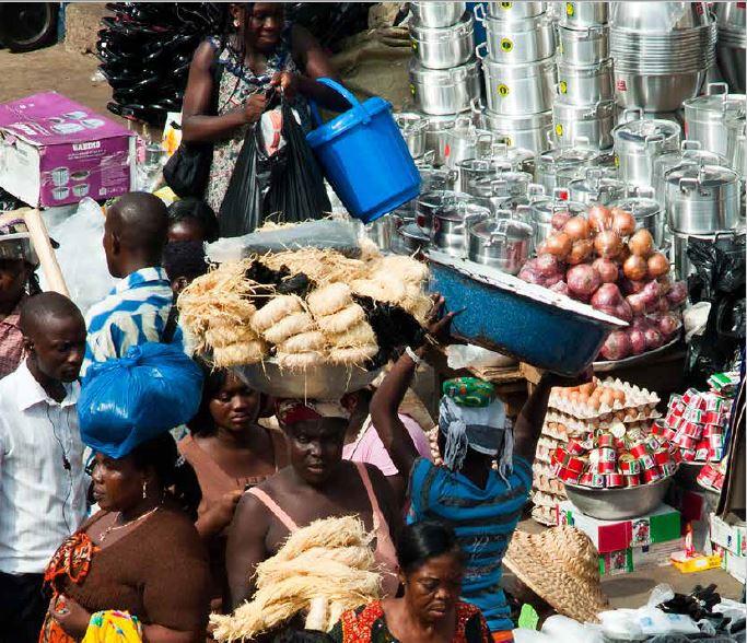 Les experts recommandent la diversification de l'économie de manière agressive. © screenshot