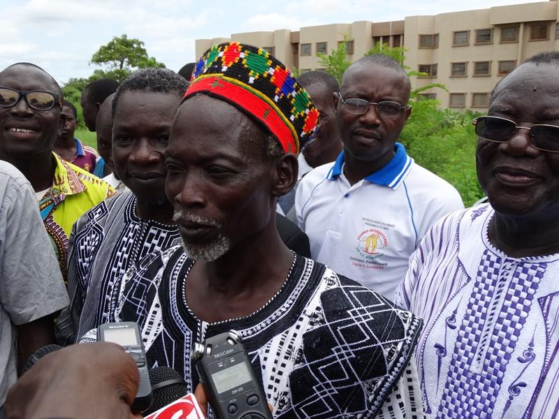 La pose de la première pierre du restaurant unversitaire a été effectuée © Burkina24