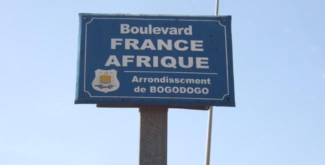 burkina le boulevard france afrique deviendra boulevard de l insurrection populaire l. Black Bedroom Furniture Sets. Home Design Ideas