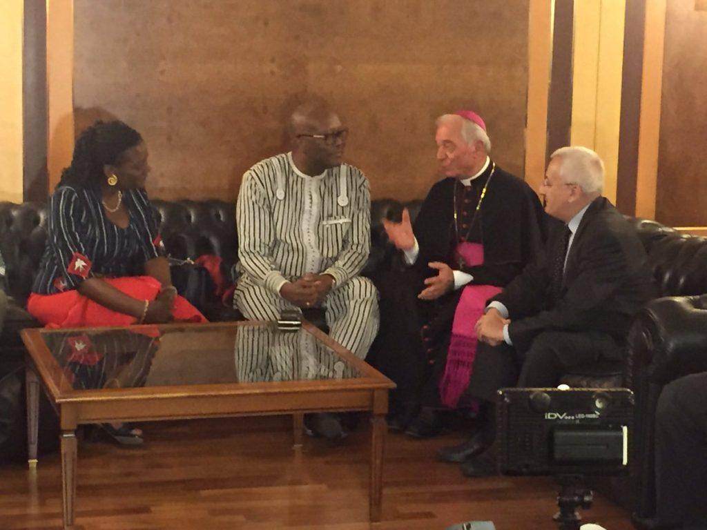 Bending rencontrer le pape rome