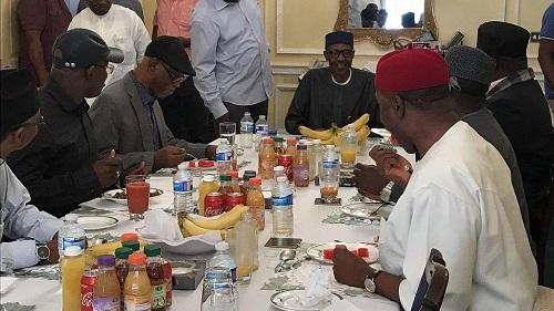 Nigeria: publication d'une photo du président hospitalisé à Londres