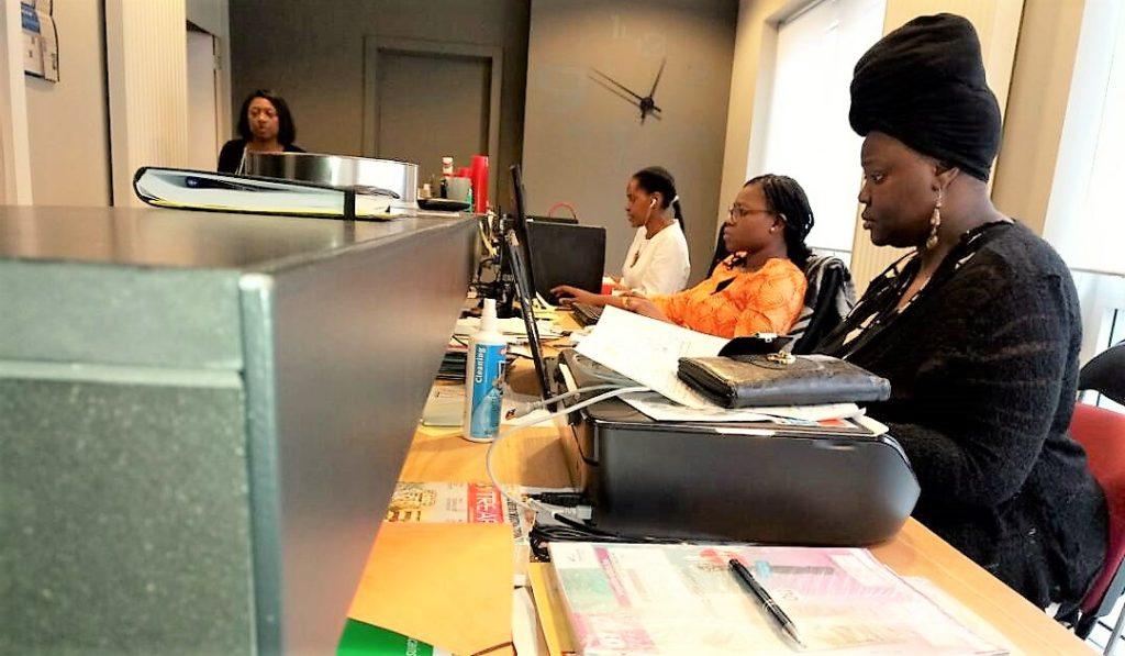 Rebranding Africa Forum Dans Lusine De La Carte Visite L