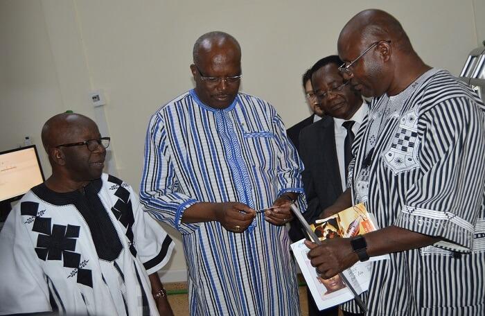 Roch Marc Kaboré réceptionne le projet de Constitution — Burkina